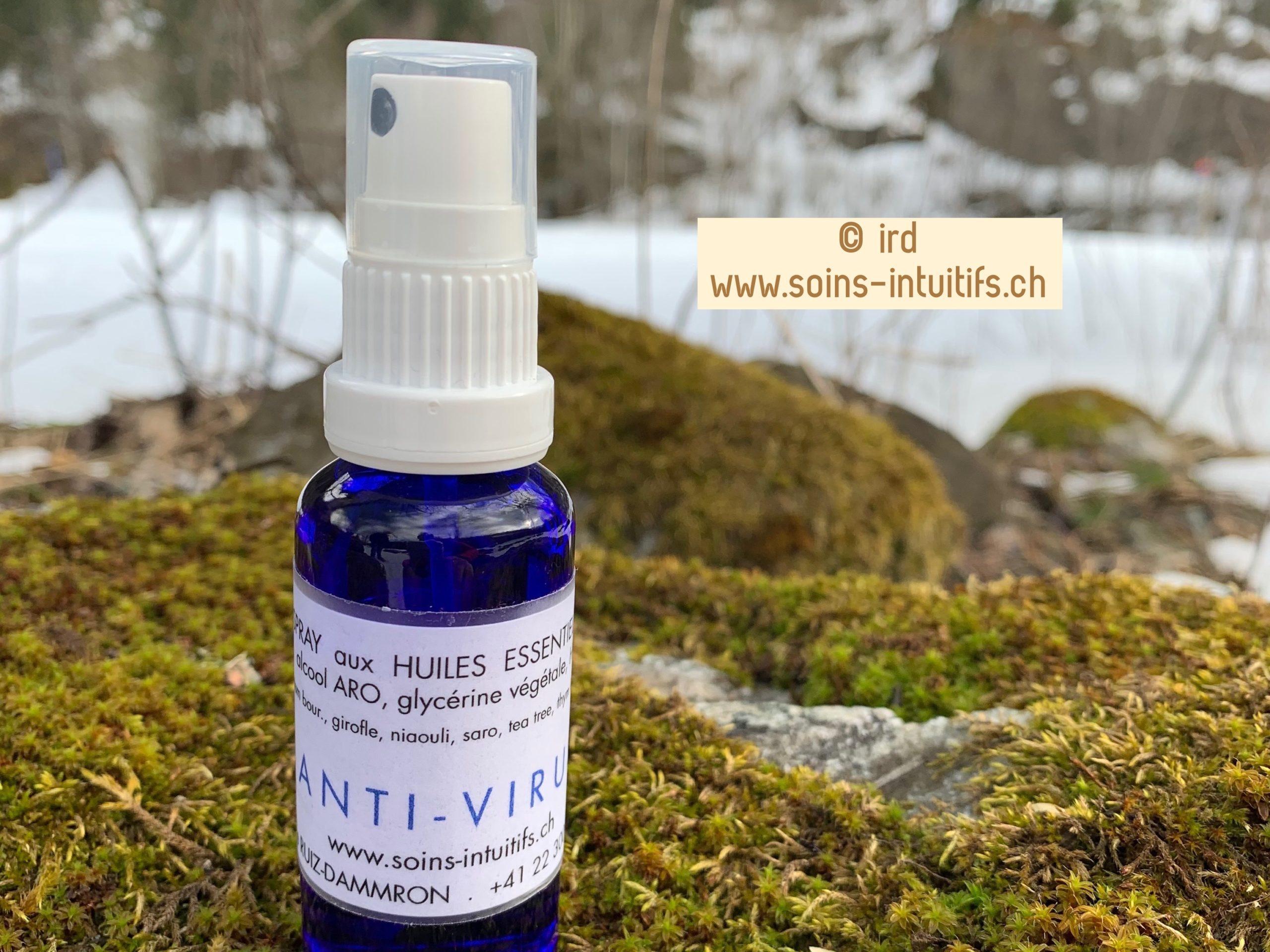 Spray aux huiles essentielles anti-virus